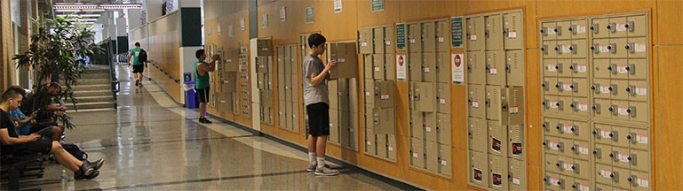 facility day use lockers
